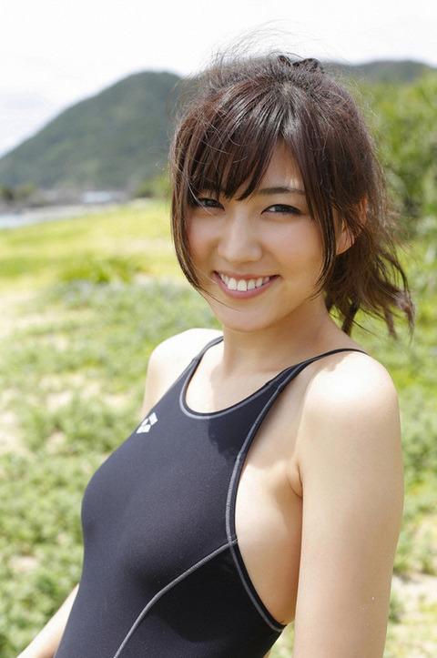 岩崎名美とかいう未成年のクセに大人オンナの身体してるモデルwwwwwwww★岩崎名美エロ画像・20枚目の画像