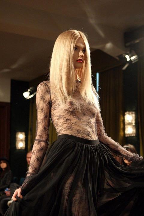 トップモデルのtkb丸出しファッションショーwwwwwww★スーパーモデルエロ画像・5枚目の画像