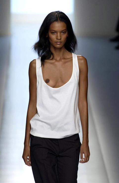 トップモデルのtkb丸出しファッションショーwwwwwww★スーパーモデルエロ画像・14枚目の画像