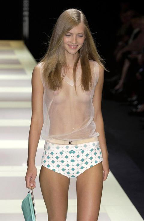トップモデルのtkb丸出しファッションショーwwwwwww★スーパーモデルエロ画像・20枚目の画像