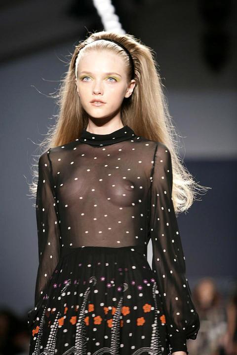 トップモデルのtkb丸出しファッションショーwwwwwww★スーパーモデルエロ画像・10枚目の画像