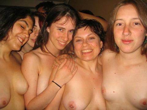 全裸でスポーツしまくってるマジキチな外人ワロタwwwwww★外国人エロ画像・14枚目の画像