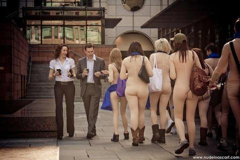 全裸でスポーツしまくってるマジキチな外人ワロタwwwwww★外国人エロ画像・9枚目の画像