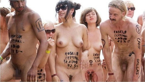 全裸でスポーツしまくってるマジキチな外人ワロタwwwwww★外国人エロ画像・25枚目の画像
