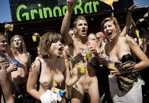 全裸でスポーツしまくってるマジキチな外人ワロタwwwwww★外国人エロ画像・19枚目の画像