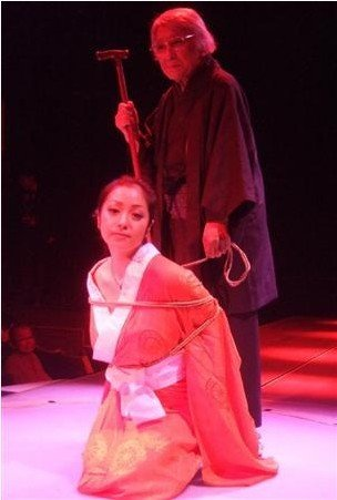 逮捕された小向さんが受けた拷問がこれwwwwwww★小向美奈子エロ画像・12枚目の画像