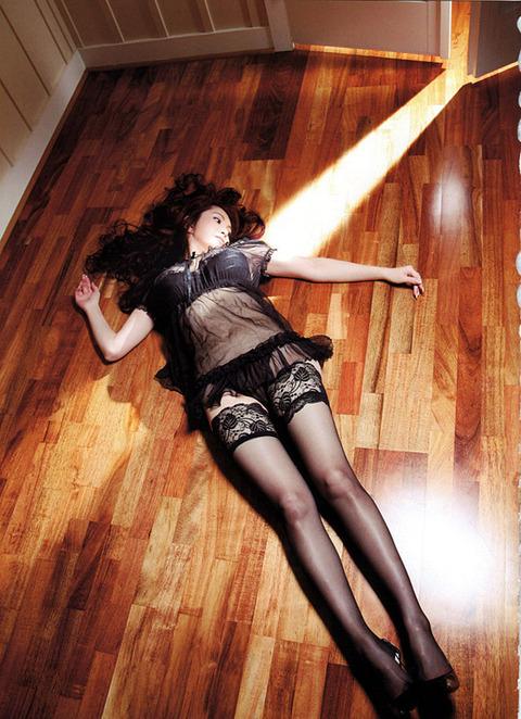 叶美香さんのプライベートヌードから公開ヘアヌードまでまとめてみたwwwwwww★叶美香エロ画像・30枚目の画像