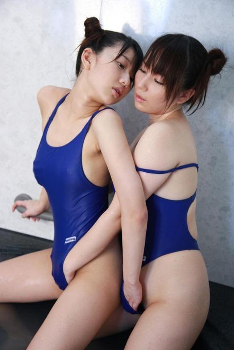 3次元百合(レズ)エロ画像!!禁断の扉を開けた女の子たち!!グッとくるよwww・67枚目の画像
