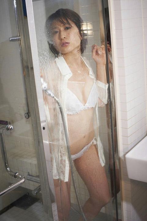 脱がされ女芸人『おかもとまり』のマン筋とか全裸ヌードをまとめてみたwwwwww★おかもとまりエロ画像・35枚目の画像