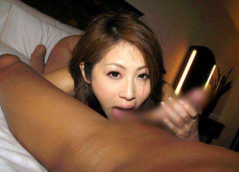 フェラ上手の女が必ずする行為がこれwwwwwww★玉舐めエロ画像・38枚目の画像