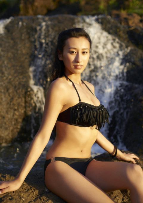浅田舞のグラビア画像がエロ本レベルにエロいんだがwwwwwww★浅田舞エロ画像・19枚目の画像