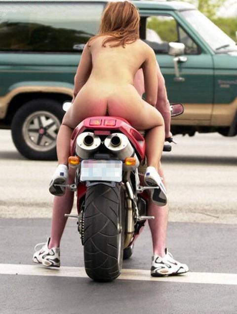 思わず保存したくなった笑えるエロ画像wwwwww・30枚目の画像