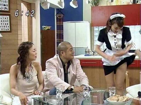 女子アナとか芸能人の胸チラとかパンチラエロくてまたヨダレ出たwwwwwww★芸能エロ画像・15枚目の画像