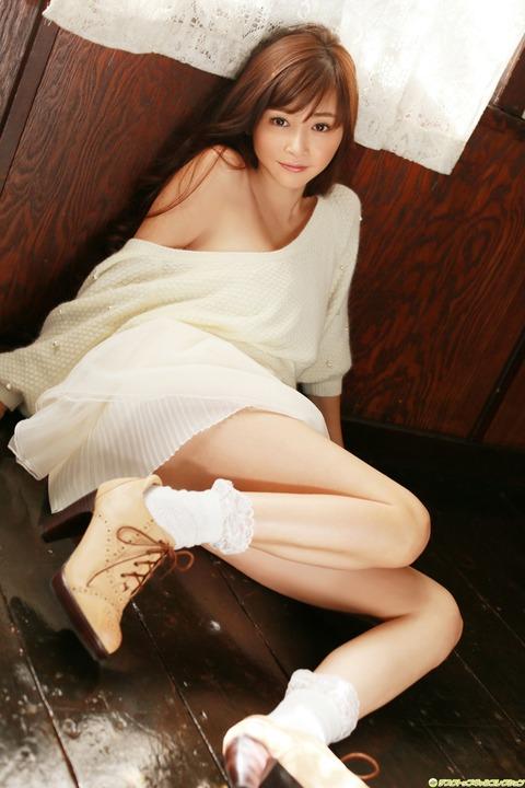 32歳でこの身体はエロすぎだろwwwwww★杉原杏璃エロ画像・34枚目の画像