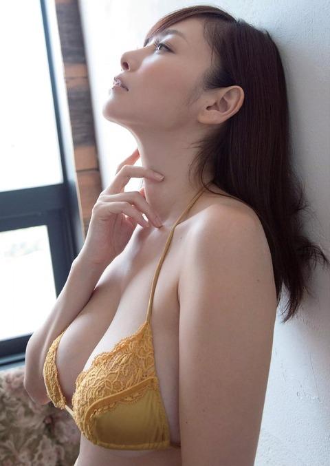 32歳でこの身体はエロすぎだろwwwwww★杉原杏璃エロ画像・6枚目の画像