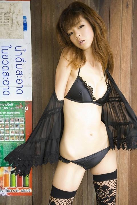 hoshino_aki_2979-012s