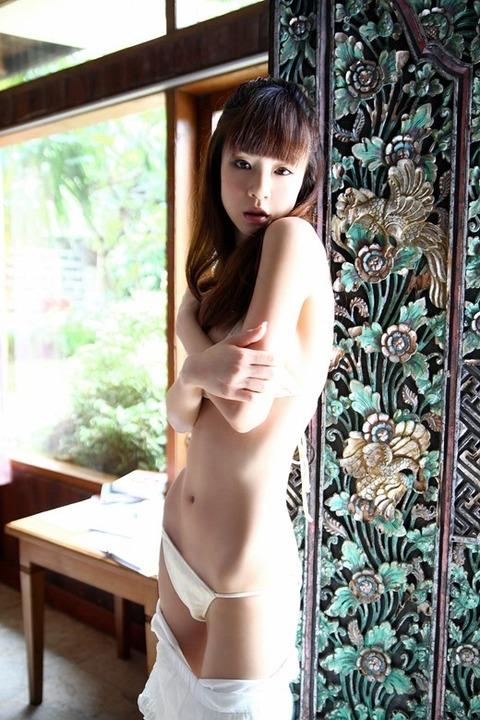 hoshino_aki_2979-074s