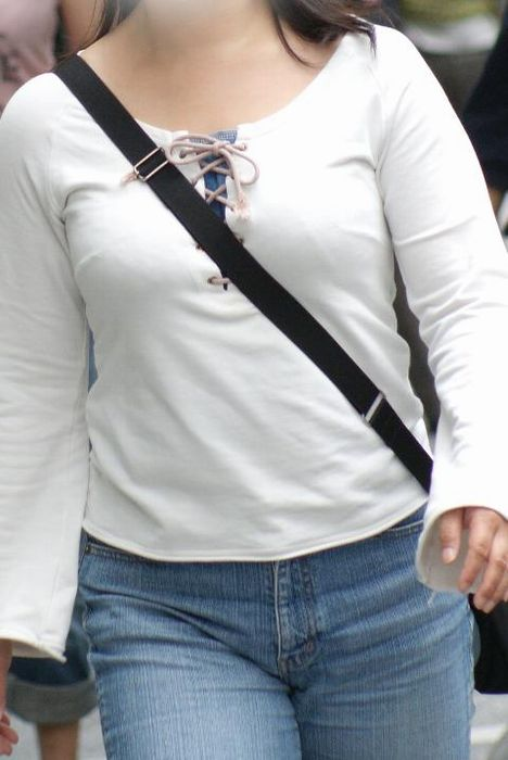 真夏のパイスラまじヤバすwwwwwww★素人街撮りエロ画像・21枚目の画像