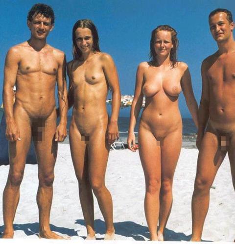 不純な動機でヌーディストビーチに行くビッチな外人たちの画像まとめwwwwwww★外国人エロ画像・15枚目の画像