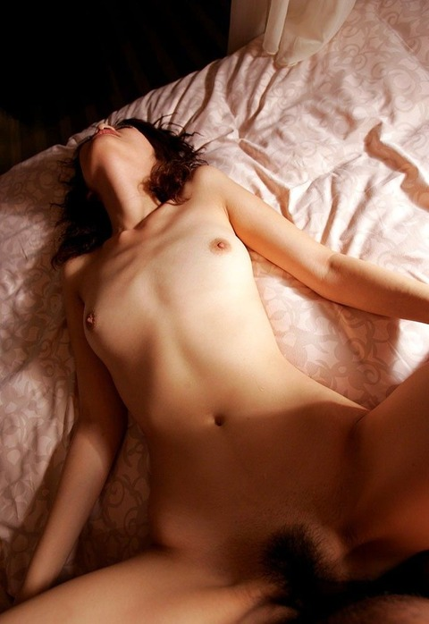 素人からプロまでぉ股オープンずっぽり挿入中(*^艸^*)【正常位】ハメ撮りエロ画像45枚・25枚目の画像