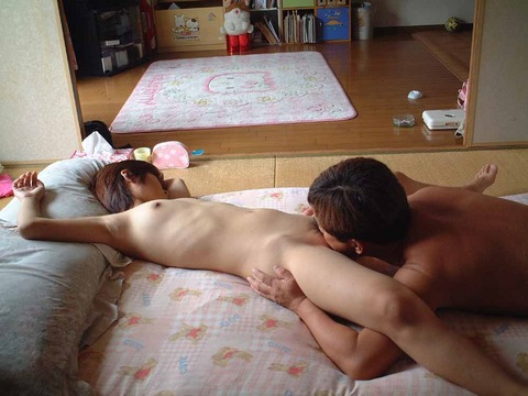 仲良し素人夫婦の生々しいセックスwwwww★素人セックス画像・16枚目の画像