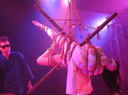 逮捕された小向さんが受けた拷問がこれwwwwwww★小向美奈子エロ画像・14枚目の画像