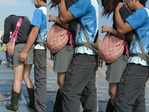 公共の場でエロい事してる若者をまんまと盗撮した結果wwwwww★素人エロ画像・17枚目の画像