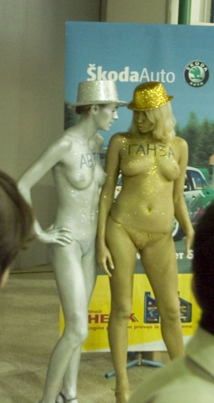 外国のキャンギャルがボディペイントでびびったwwwwwww★ボディペイントエロ画像・24枚目の画像