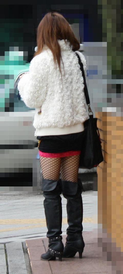 こんなエロい網タイツ履いてると素人と言えども勃起しそうなんだがwwwwwwww★素人網タイツ・黒ストエロ画像・31枚目の画像