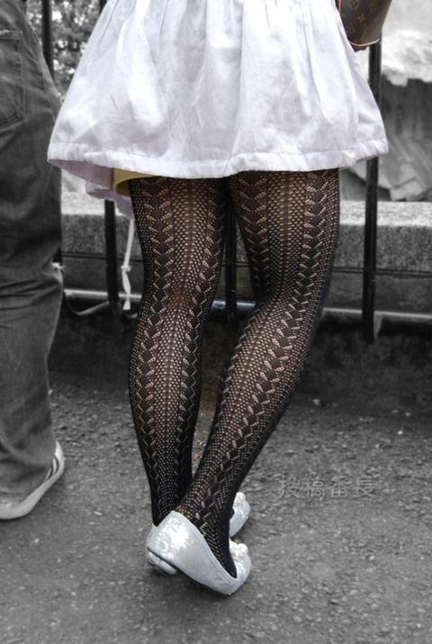 こんなエロい網タイツ履いてると素人と言えども勃起しそうなんだがwwwwwwww★素人網タイツ・黒ストエロ画像・11枚目の画像