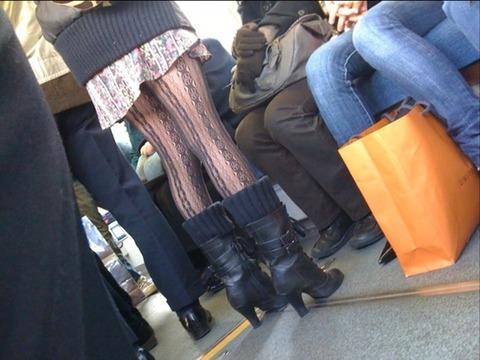 こんなエロい網タイツ履いてると素人と言えども勃起しそうなんだがwwwwwwww★素人網タイツ・黒ストエロ画像・6枚目の画像