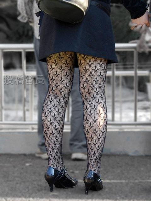 こんなエロい網タイツ履いてると素人と言えども勃起しそうなんだがwwwwwwww★素人網タイツ・黒ストエロ画像・25枚目の画像