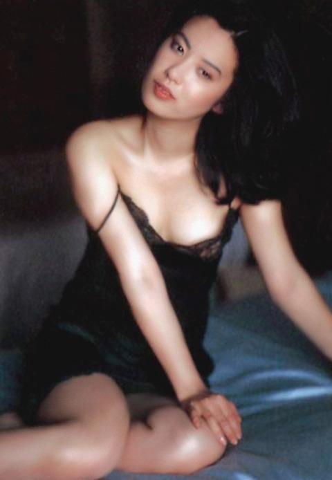 サスペンス女優の映画おっぱいとヌードおっぱいとマン毛wwwwwww★名取裕子エロ画像・36枚目の画像
