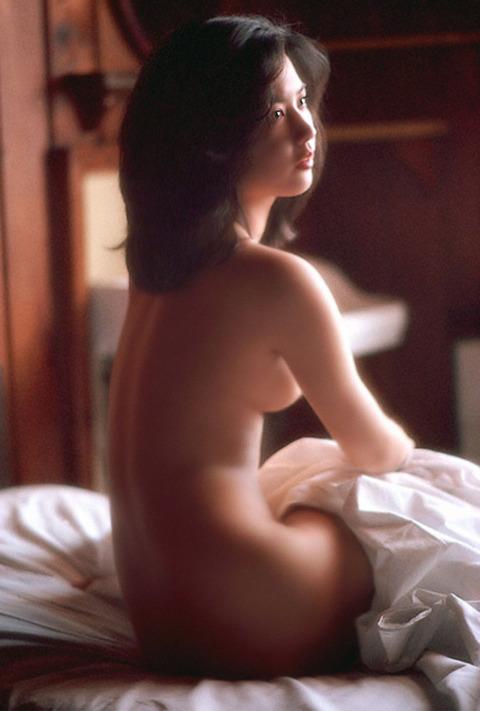サスペンス女優の映画おっぱいとヌードおっぱいとマン毛wwwwwww★名取裕子エロ画像・1枚目の画像
