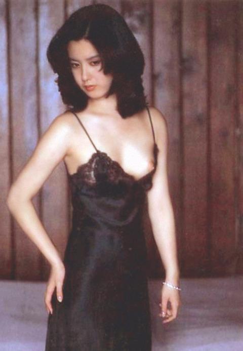 サスペンス女優の映画おっぱいとヌードおっぱいとマン毛wwwwwww★名取裕子エロ画像・33枚目の画像