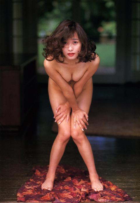 渡辺美奈代のヌード画像!!懐かしすぎてウケるwww 元おにゃんこ【渡辺美奈代】すれすれヌード画像36枚・2枚目の画像