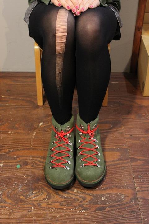 legs019022