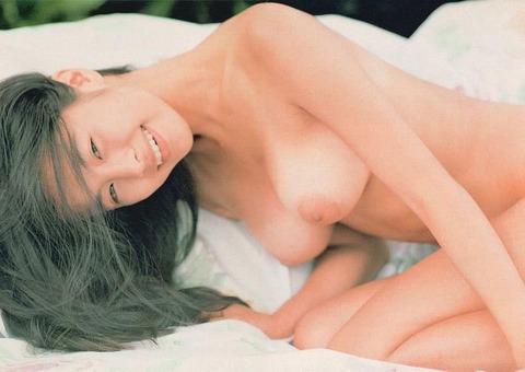 さとう珠緒の若き時代のヘアヌードエロ画像32枚・22枚目の画像