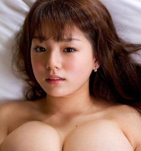 sinozaki_ai_4