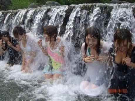 【画像あり】武井咲がここまで脱いだ…ドラマでずぶ濡れでスケスケ…全裸濡れ場も…・68枚目の画像