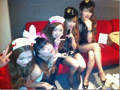 激カワ少女がサンバパレードでまさかのオパイぽろり事件発生!!・29枚目の画像
