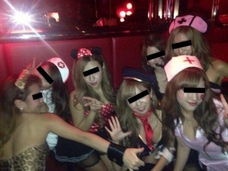 激カワ少女がサンバパレードでまさかのオパイぽろり事件発生!!・25枚目の画像