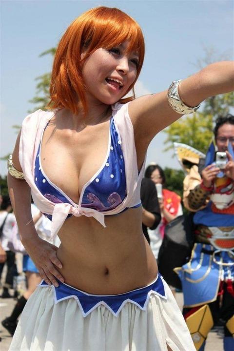 激カワ少女がサンバパレードでまさかのオパイぽろり事件発生!!・144枚目の画像