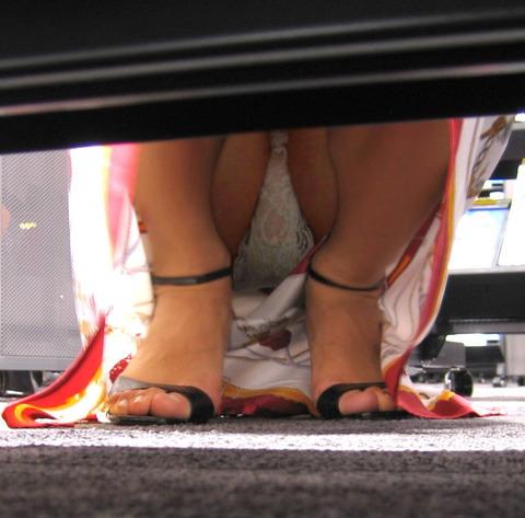 激カワ少女がサンバパレードでまさかのオパイぽろり事件発生!!・49枚目の画像