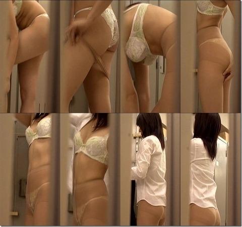 女子ロッカーに仕掛けられた盗撮カメラのエロ画像24枚・10枚目の画像