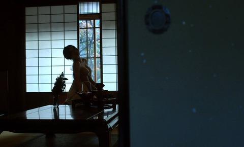 【個人撮影】俺氏、実家の神社を継いで一番良かったのは美人巫女さんとハメハメできたことwwwwwwハメ撮りエロ画像★・17枚目の画像