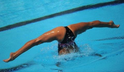 俺氏、水泳シンクロ女子をオナ禁して見たら下半身限定のストリップショーにしか見えなかったンゴwwwwww(画像あり)・23枚目の画像