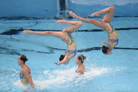 俺氏、水泳シンクロ女子をオナ禁して見たら下半身限定のストリップショーにしか見えなかったンゴwwwwww(画像あり)・9枚目の画像