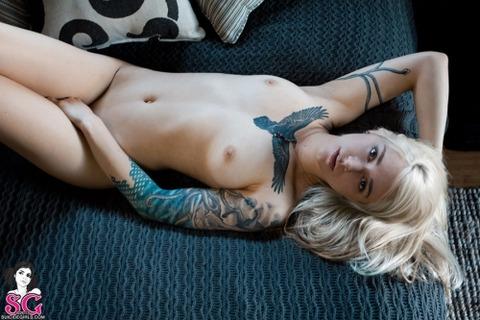風俗で出てきたら地雷確定タトゥー有り嬢のエロ画像32枚・32枚目の画像