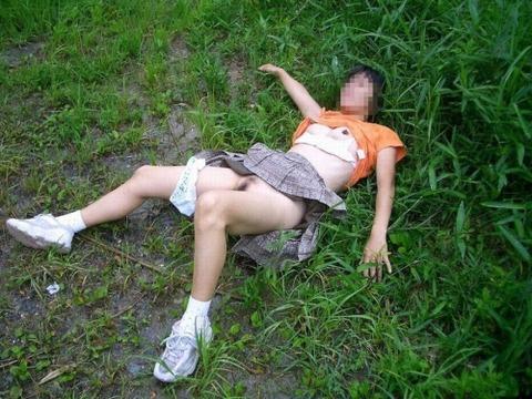 【世も末】ガチ強姦レイプの様子が大量流出・・・・・・(画像あり)・15枚目の画像